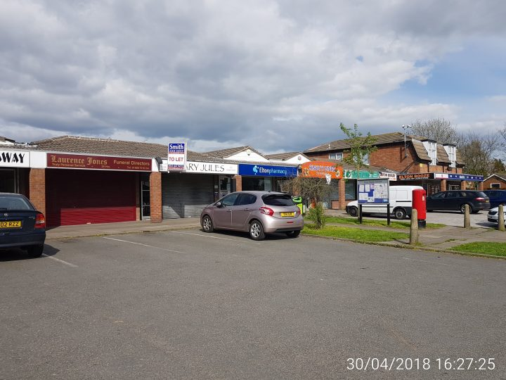 TRIPLE LETTING FOR SMITHS COMMERCIAL TREAM